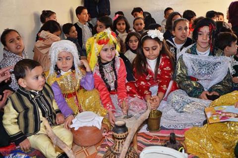 الأطفال يشاركون في احتفالات رأس السنة الأمازيغية الجديدة 2969