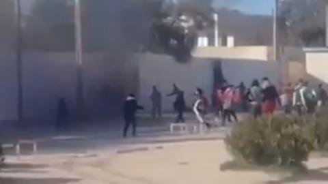 القصرين: إيقاف 10 تلاميذ متّهمين بالإعتداء على مدارس إعدادية