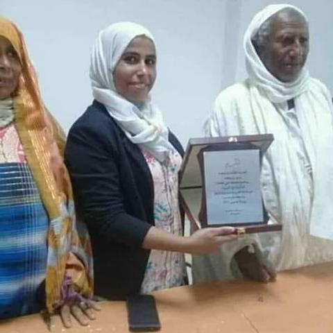 جامعة السربون: طالبة تونسية تتحصل على الدكتوراه في العلوم الفيزيائية والكيميائية بملاحظة مشرف جدا