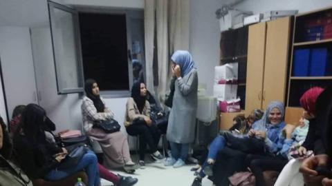 صفاقس: طلبة يعتصمون في ديوان الخدمات الجامعية ويطالبون بالسكن