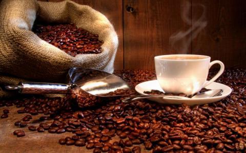 قهوة جزائرية تسبب السرطان تروّج في الأسواق التونسية