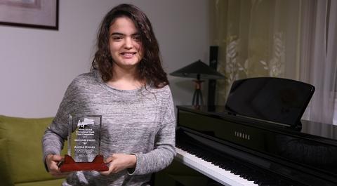 تونسية تتوج بلقب ثاني أفضل عازفة بيانو في العالم