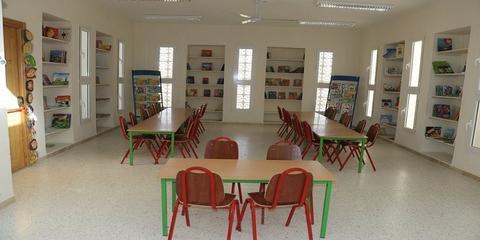 """صفاقس: """"مكتبتنا"""" مشروع تحويل مكتبة عمومية مغلقة إلى مكتبة نموذجية بمبادرة من مجموعة من شباب الجهة"""