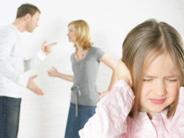 تأثير المشاكل الأسرية على نفسية الطفل