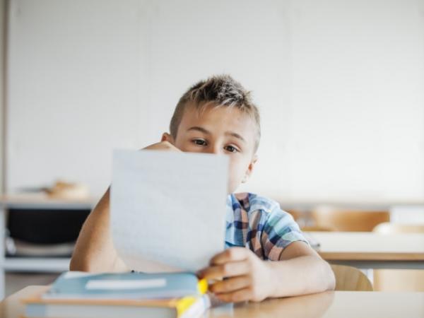 اتبع هذه الخطوات ليتفوق طفلك في إمتحاناته