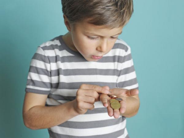 متى تعطي طفلك المال لأول مرة؟