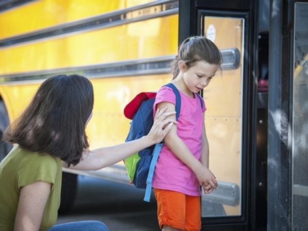 أسباب خوف الطفل من الذهاب إلى المدرسة
